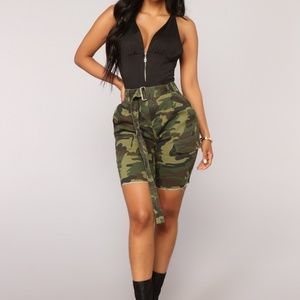 Fashion Novia Camo Cargo Shorts